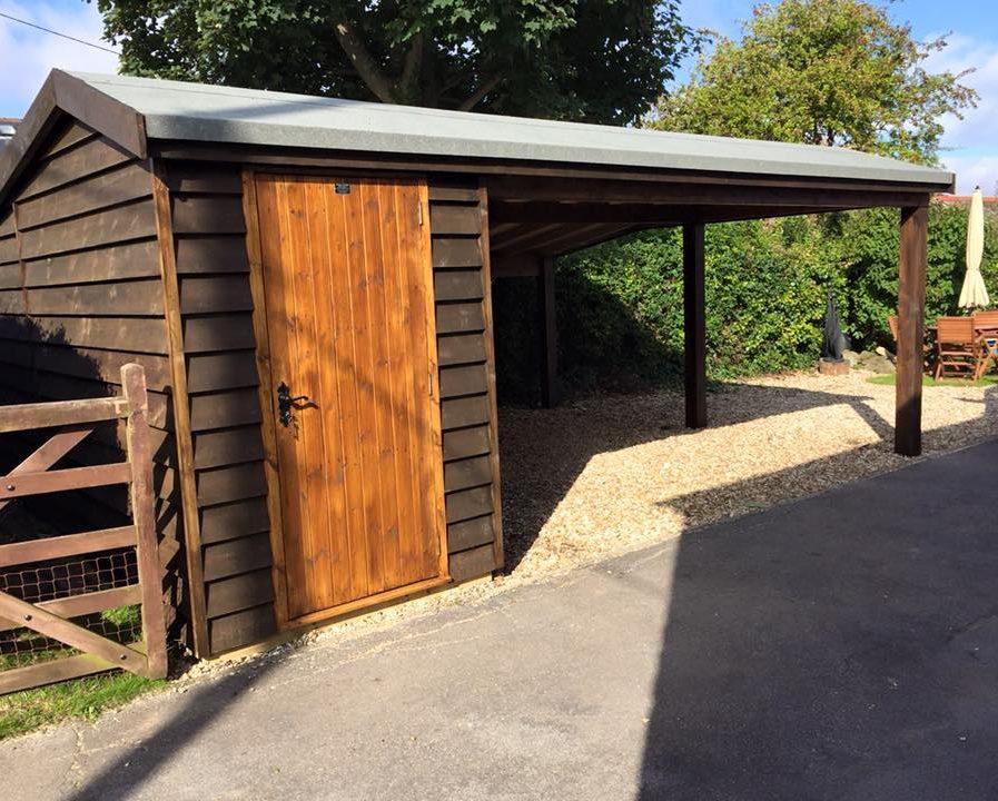 Poultons Dorset-Garages 3