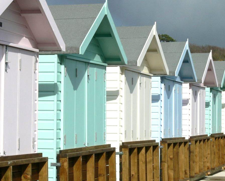 Poultons Dorset-Beach Huts 3