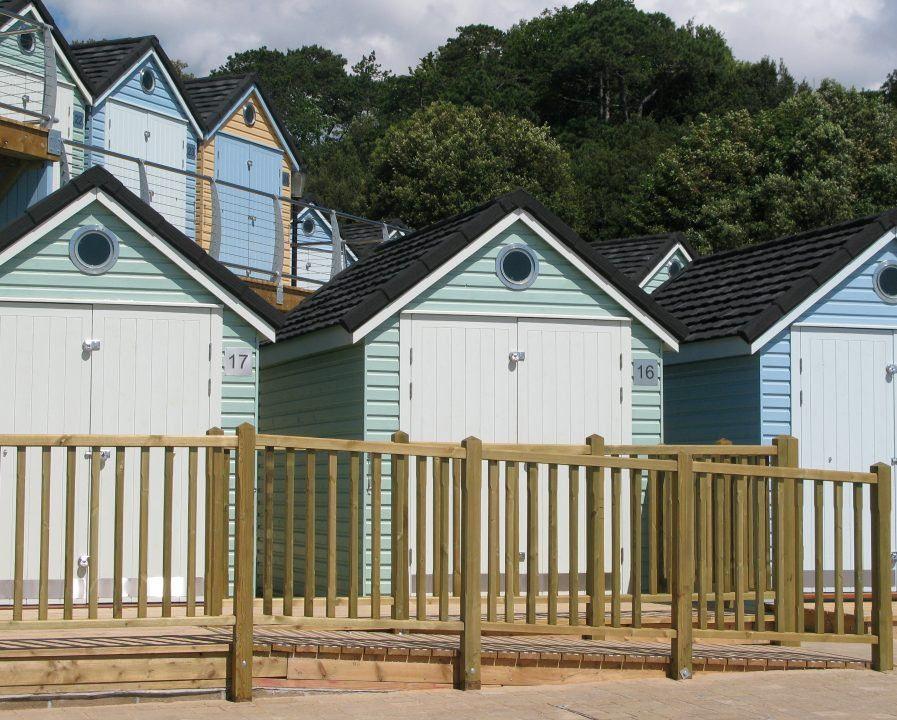 Poultons Dorset-Beach Huts
